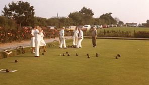 Players on the bowling green